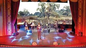 Liderlere mini konser; o şarkıların hazin hikâyesi