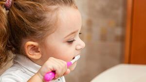 Çocuklar küçük yaşlardan itibaren ağız ve diş sağlığına önem veriyor