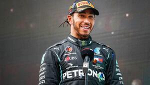Formula 1 şampiyonu Lewis Hamiltona Sir unvanı verildi