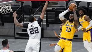 NBAde Gecenin Sonuçları | LeBron Jamesten tarihi seri 1000 maç üst üste...