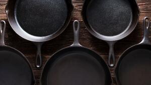 Döküm tencere ve tavalarda pişirmemeniz gereken 4 şey