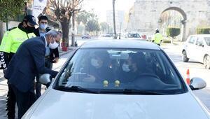 Tarsus'ta sürücüler koronavirüs için bilgilendirdi