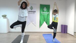 Çocuklara online yoga