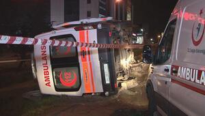 Beylikdüzü'nde ambulans kazası: 2 yaralı