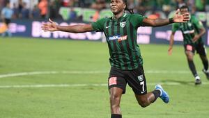Denizlisporlu Hugo Rodallega geçen sezon attığı gol sayısını geçti