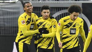 Borussia Dortmund sahasında Wolfsburg'u 2 golle geçti