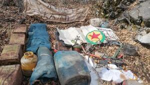 Bitliste PKKlı teröristlerin kullandığı 10 sığınak imha edildi