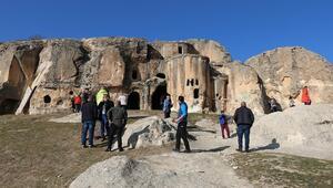 Turistler, Afyonkarahisarın tarihi Frigya bölgesine hayran kaldı