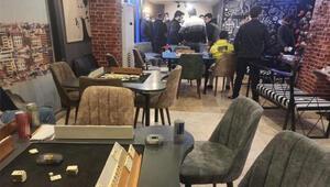 Sultangazide kafede oyun oynayanlara 50 bin lira ceza kesildi