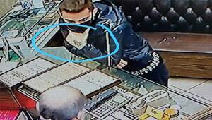 Kuyumculara dadanan hırsız elindeki dövmeden yakalandı