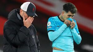 Son şampiyon Liverpool, Southamptona boyun eğdi