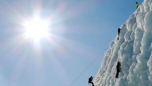 Palandökende zipline hattı ve buz duvarı, macera sevenleri ağırlıyor