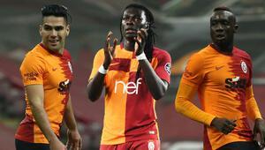 Galatasarayda Gomis sonrası büyük hayal kırıklığı Falcao ve Diagneye 25 milyon Euro...