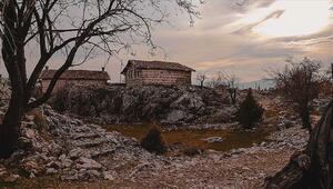 Yıllara meydan okuyan tarihi düğmeli evler restorasyonla ayağa kaldırılıyor