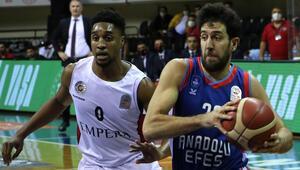 Empera Halı Gaziantep Basketbol: 60 - Anadolu Efes: 68