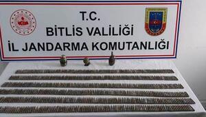 Bitlisde PKK sığınaklarında mühimmat ele geçirildi