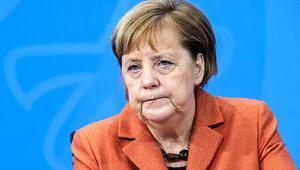 Oklar yine Merkel'e çevrildi