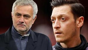 Fenerbahçe haberleri sonrasında UEFAdan Mesut Özil ve Jose Mourinho paylaşımı
