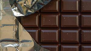 Kalp hastalığından tansiyona pek çok şeye iyi geliyor... Bitter çikolatanın faydaları neler