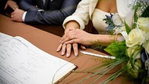 Yargıtay kararını verdi Kocasına bunu söyleyen eşe tazminat cezası