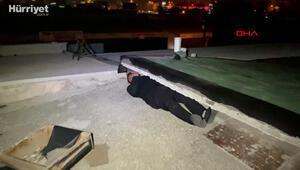 Eğlence merkezinde kısıtlamayı uymadılar, polisi görünce çatıya saklandılar