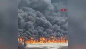 Korkutan anlar... Nijeryada gökyüzü siyaha boyandı, halk büyük panik yaşadı