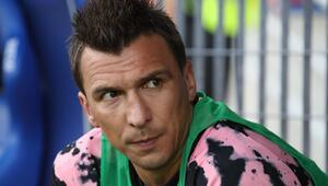 Beşiktaşta Mario Mandzukic gelişmesi Bu rakamı kabul etti...