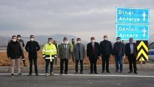 Dinarda yeni Çivril yolu açıldı
