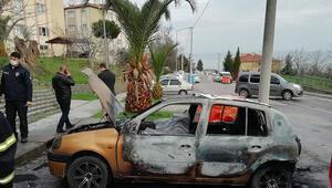 Kocaelide park halinde yanan araçta ceset bulundu