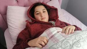 4üncü kattan halının üzerine düşen liseli Merve, hafif yaralandı