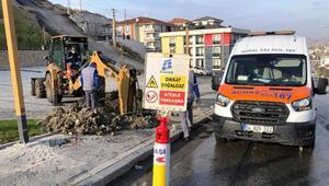 İş makinesiyle kazı sırasında doğalgaz borusu patladı
