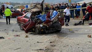 Muğlada 2 kişinin öldüğü feci kaza kamerada