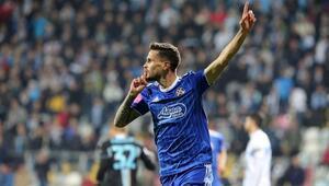Trabzonsporda sağ beke Sloven Stojanovic