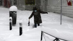 İspanyada kar fırtınası hayatı durdurdu