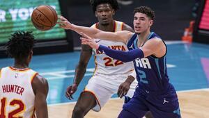 NBAde Gecenin Sonuçları | LaMelo Ballun tarihi gecesi En genç triple-double yapan oyuncu...