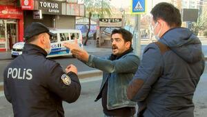 Diyarbakırda ilginç anlar Maskesiz ve kimliksiz kişi polisle böyle tartıştı
