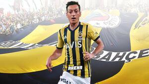 Arsenal pes etti Fenerbahçeden Mesut Özil için resmi açıklama geliyor...