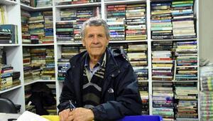46 yılda sokağa atılan 100 bin kitabı topladı, dükkan açtı