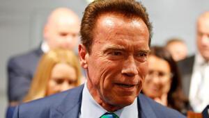 Kaliforniya eski valisi Arnold Schwarzenegger, ABD Kongresini işgal edenleri Nazilere benzetti