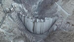 Yusufeli Barajında gövdenin tamamlanması için son 4 metre