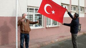 Yozgatta okullarda İstiklal Marşı okundu