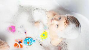 Çocuğunuz için banyo zamanını eğlenceli hale getirebilirsiniz İşte öneriler...