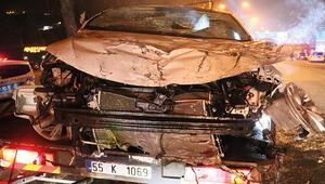 Samsunda korkunç kaza Araç hurdaya döndü
