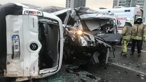 TEMde trafiği kilitleyen kaza 12 araç birbirine girdi