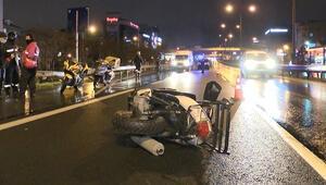 İstanbulda motokuryeye çarpan lüks otomobil sürücüsü kaçtı
