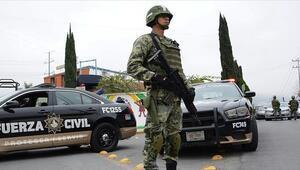 Meksikada silahlı çatışma: 10 ölü