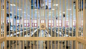 İtalyada son 30 yılın en büyük mafya davası başlıyor... Ndrangheta yargılamaları ülkede gündem oldu