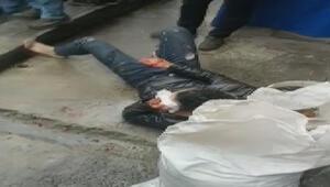 İstanbul Beyoğlunda dehşet İki arkadaş birbirini bıçakladı