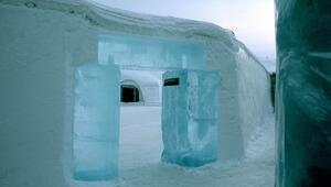 İsveçin sıra dış buz oteli