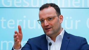 Almanya Sağlık Bakanı Spahn: Kovid-19 aşısı yaptırmak toplumsal bir görevdir